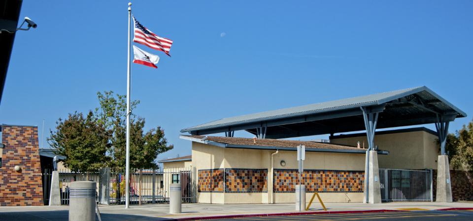 Photo of Oak Meadows Elementary School - Murrieta, CA, United States